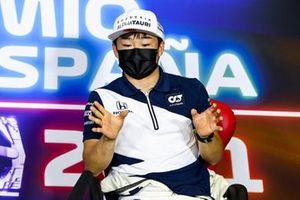 Юки Цунода, AlphaTauri. на пресс-конференции