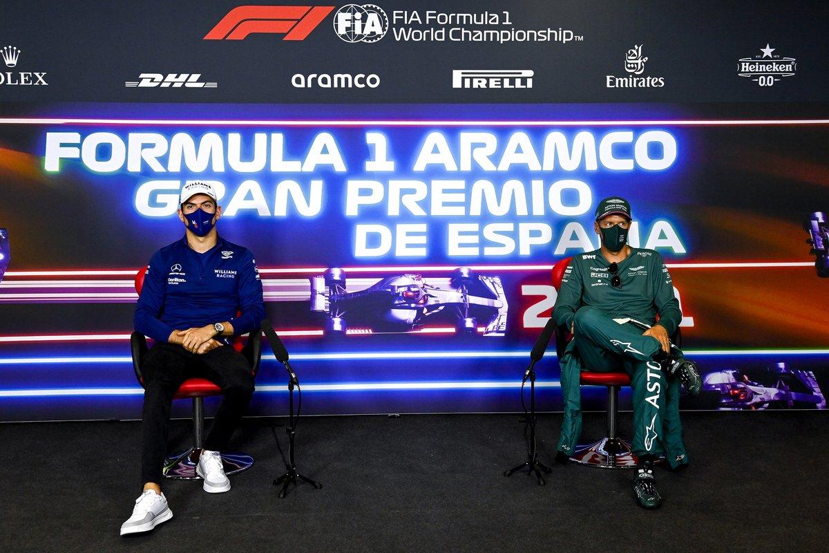 Nicholas Latifi, Williams, Sebastian Vettel, Aston Martin en la conferencia de prensa