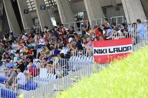 Fans with a banner for Niki Lauda