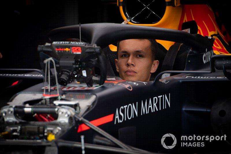 Alexander Albon, Red Bull Racing RB15 in the garage