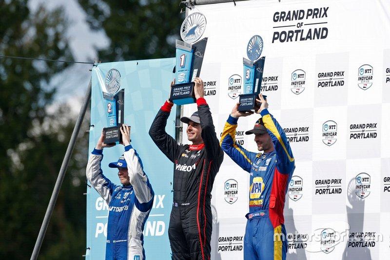 Will Power, Team Penske Chevrolet, Felix Rosenqvist, Chip Ganassi Racing Honda, Alexander Rossi, Andretti Autosport Honda celebran