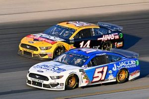 Bayley Currey, Petty Ware Racing, Ford Mustang Clover and Clint Bowyer, Stewart-Haas Racing, Ford Mustang Rush Truck Centers / Haas Automation