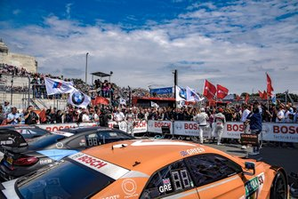Mike Rockenfeller, Audi Sport Team Phoenix, Bruno Spengler, BMW Team RMG, Jamie Green, Audi Sport Team Rosberg, nel parco chiuso