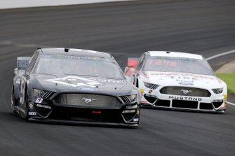 Josh Bilicki, Rick Ware Racing, Ford Mustang AQRE.app and Brad Keselowski, Team Penske, Ford Mustang Discount Tire