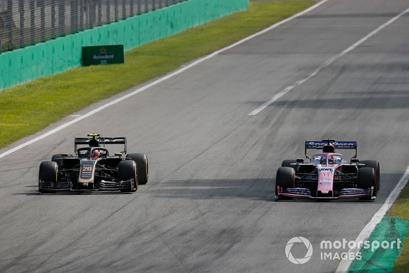 Kevin Magnussen, Haas F1 Team VF-19, Sergio Pérez, Racing Point RP19