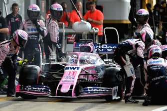 Sergio Perez, Racing Point RP19, pitstop