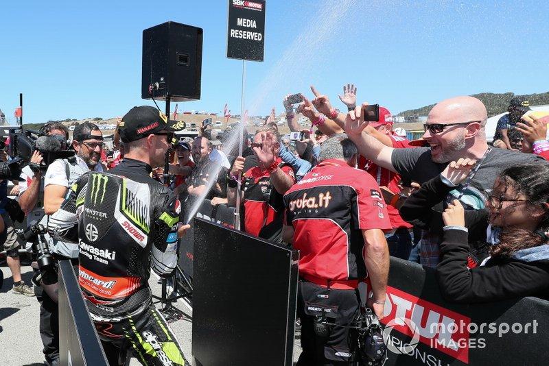 Jonathan Rea, Kawasaki Racing Team festeggia
