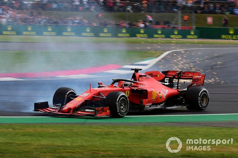 Sebastian Vettel, Ferrari SF90 dopo aver tamponato, Max Verstappen, Red Bull Racing RB15
