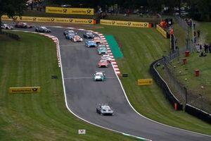 Start action, Paul Di Resta, R-Motorsport, Aston Martin Vantage AMR leads
