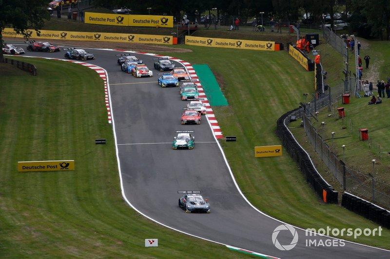 Start, Paul Di Resta, R-Motorsport, Aston Martin Vantage AMR leidt