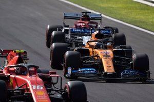 Charles Leclerc, Ferrari SF90, devant Carlos Sainz Jr., McLaren MCL34, et Kimi Raikkonen, Alfa Romeo Racing C38