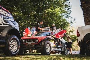 Car of Carlos Sainu and Lucas Cruz, X-Raid Team