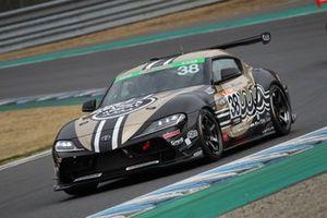 #38 muta Racing GR SUPRA