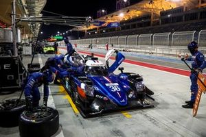 #36 Signatech Alpine Elf Alpine A470: Thomas Laurent, Andre Negrao, Pierre Ragues