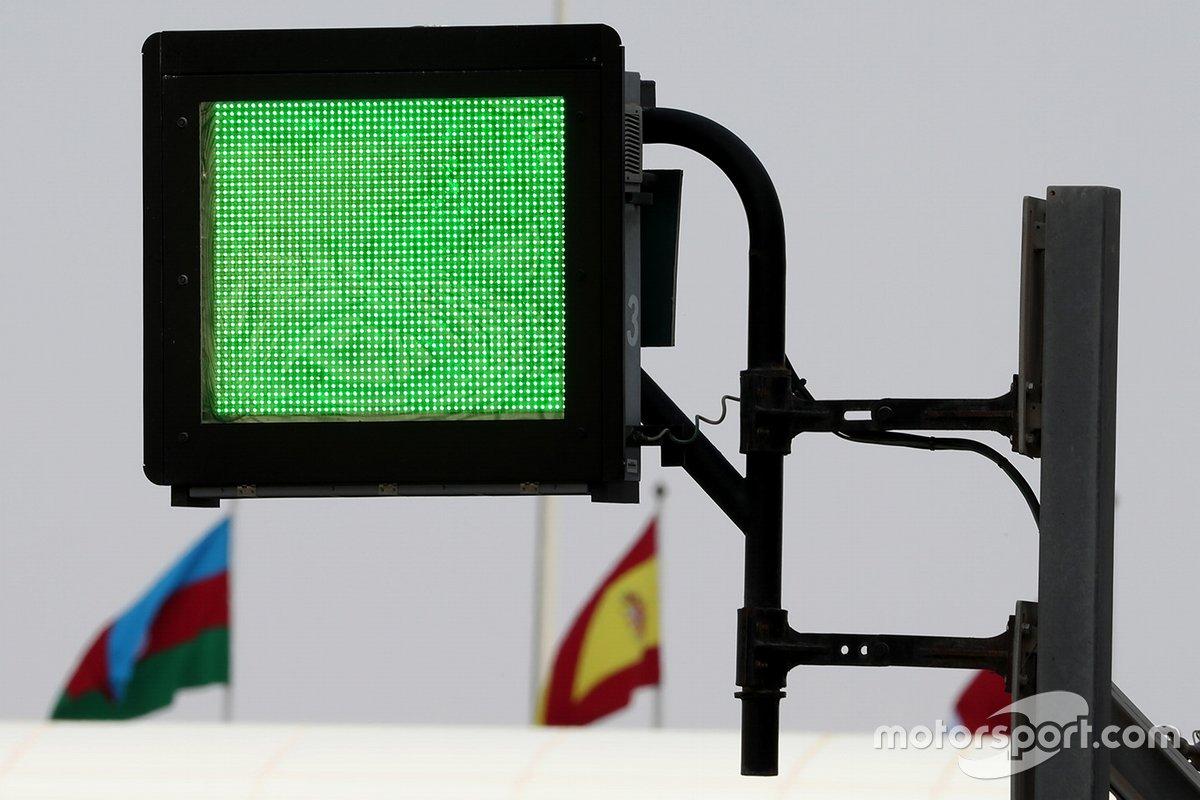 Panel de luces homologado por FIA