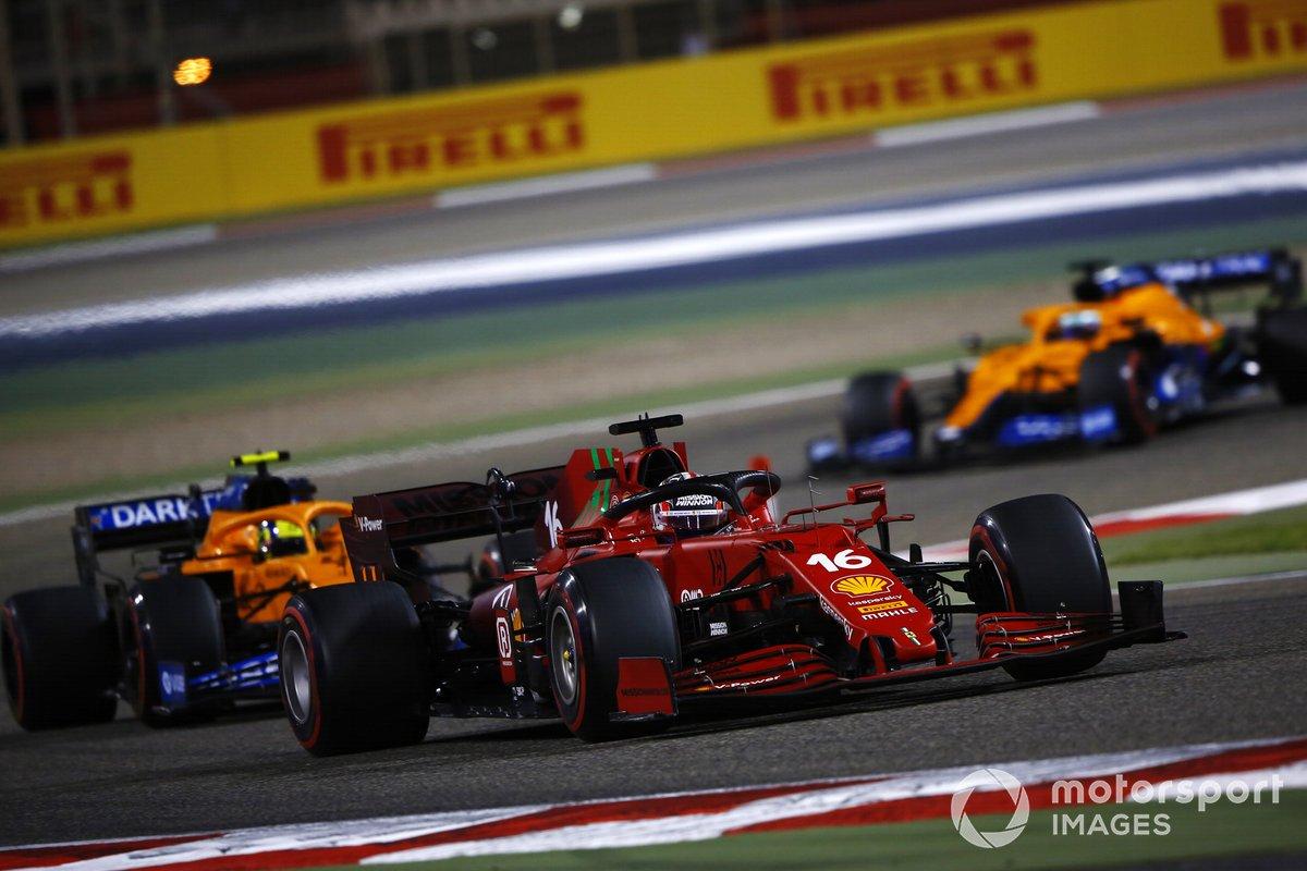 Charles Leclerc, Ferrari SF21, Lando Norris, McLaren MCL35M, Daniel Ricciardo, McLaren MCL35M