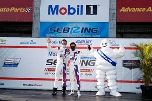 #48 Action Express Racing Cadillac DPi, DPi: Kamui Kobayashi, Simon Pagenaud