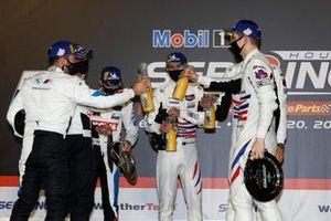 Podio: #79 WeatherTech Racing Porsche 911 RSR - 19, GTLM: Cooper MacNeil, Richard Lietz, Matt Campbell