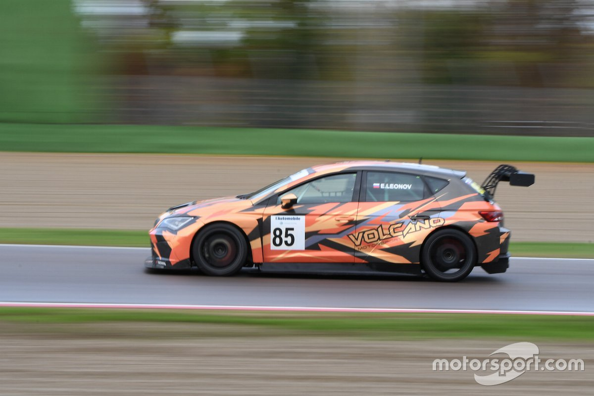 Evgeniy Leonov, Volcano Motorsport, Cupra TCR SEQ