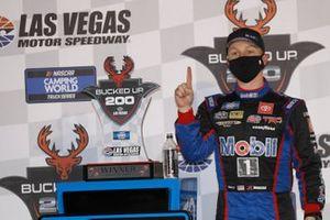 Yarış galibi John Hunter Nemechek, Kyle Busch Motorsports, Toyota Tundra