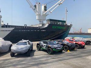 Extreme E-bolides in de haven van Djedda