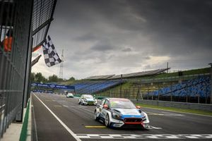 Race winner Mato Homola, Target Competition Hyundai i30 N TCR