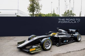 "F2 with 18"" Pirelli tyres"