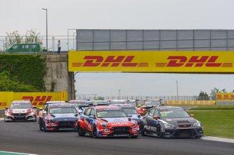 Augusto Farfus, BRC Hyundai N LUKOIL Racing Team Hyundai i30 N TCR, Daniel Haglöf, PWR Racing CUPRA TCR