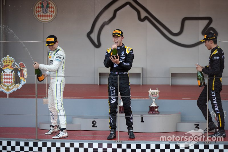 Guanyu Zhou, UNI Virtuosi Racing Anthoine Hubert, Arden Louis Deletraz, Carlin
