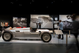 A look at the Grand Prix Suisse 1934–54 – racing fever in Bern exhibition