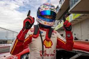 Race winner Fabian Coulthard, DJR Team Penske