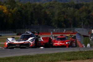 #7 Acura Team Penske Acura DPi, DPi: Helio Castroneves, Ricky Taylor, #31 Whelen Engineering Racing Cadillac DPi, DPi: Pipo Derani, Felipe Nasr