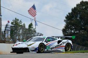 #63 Scuderia Corsa Ferrari 488 GT3, GTD: Cooper MacNeil, Toni Vilander, Jeff Westphal