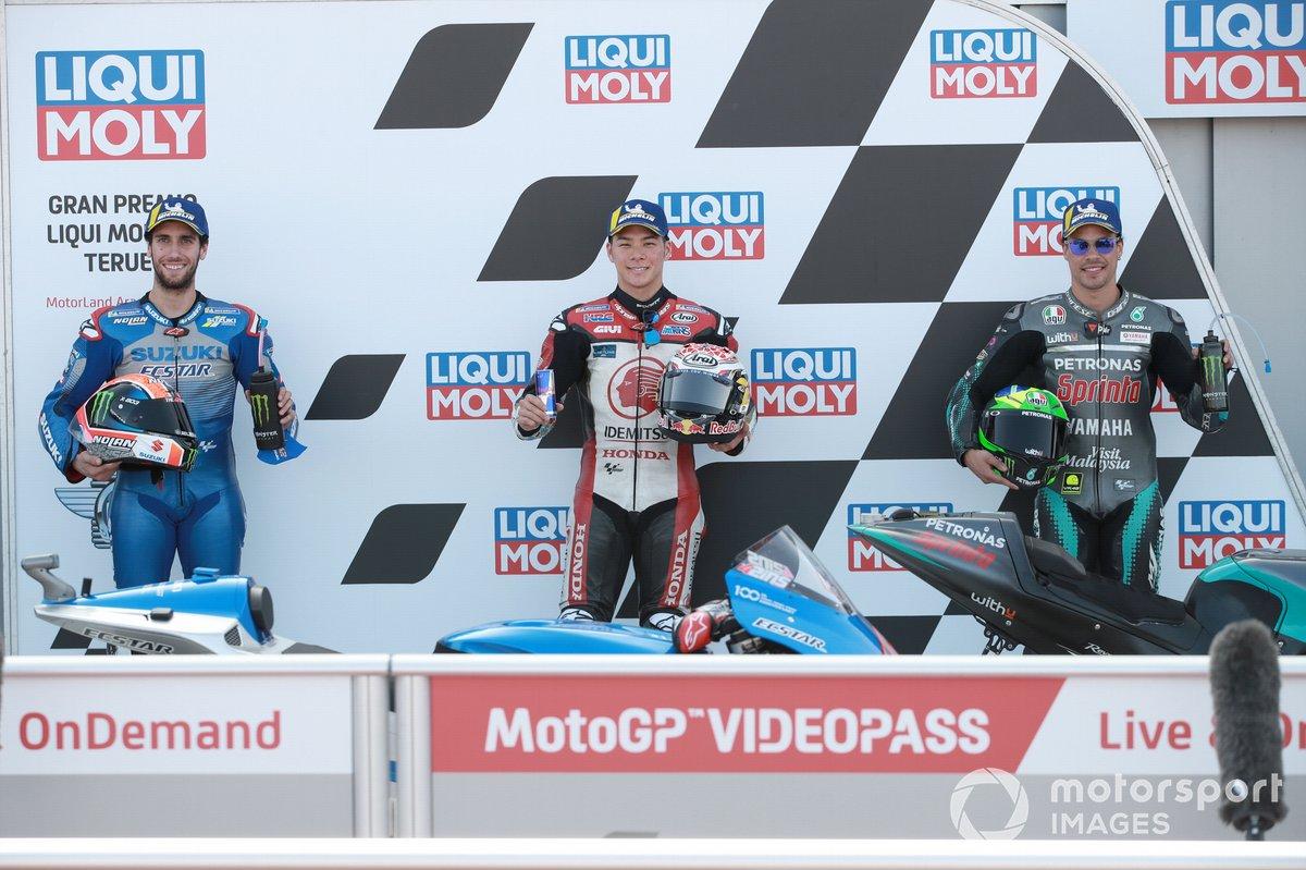 Los 3 primeros clasificados Alex Rins, Team Suzuki MotoGP, ganador de la pole Takaaki Nakagami, Team LCR Honda, Franco Morbidelli, Petronas Yamaha SRT