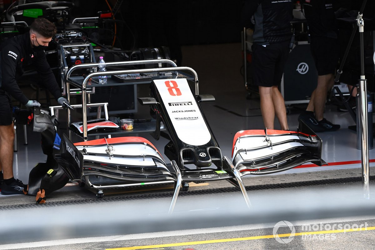 Detalle del alerón delantero del VF-20 de Haas