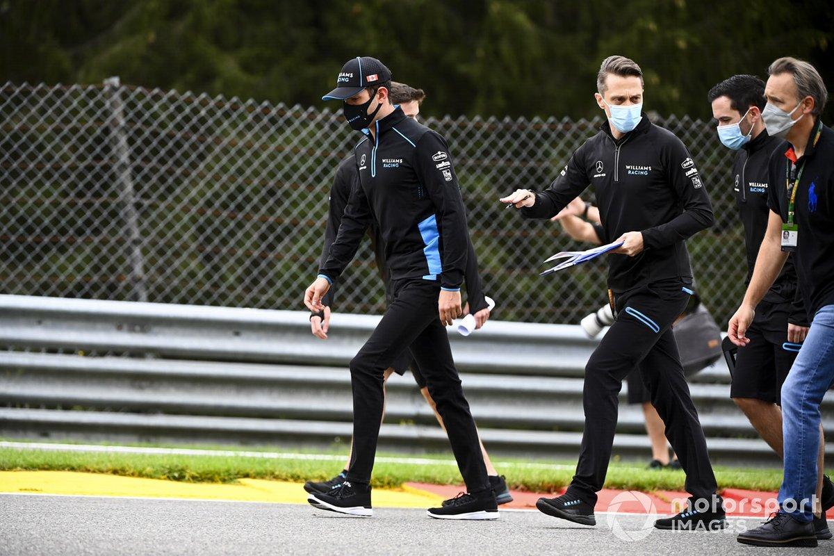 Nicholas Latifi, Williams Racing, recorre la pista de Spa