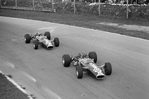 Graham Hill, Lotus 49 Ford, Jim Clark, Lotus 49 Ford