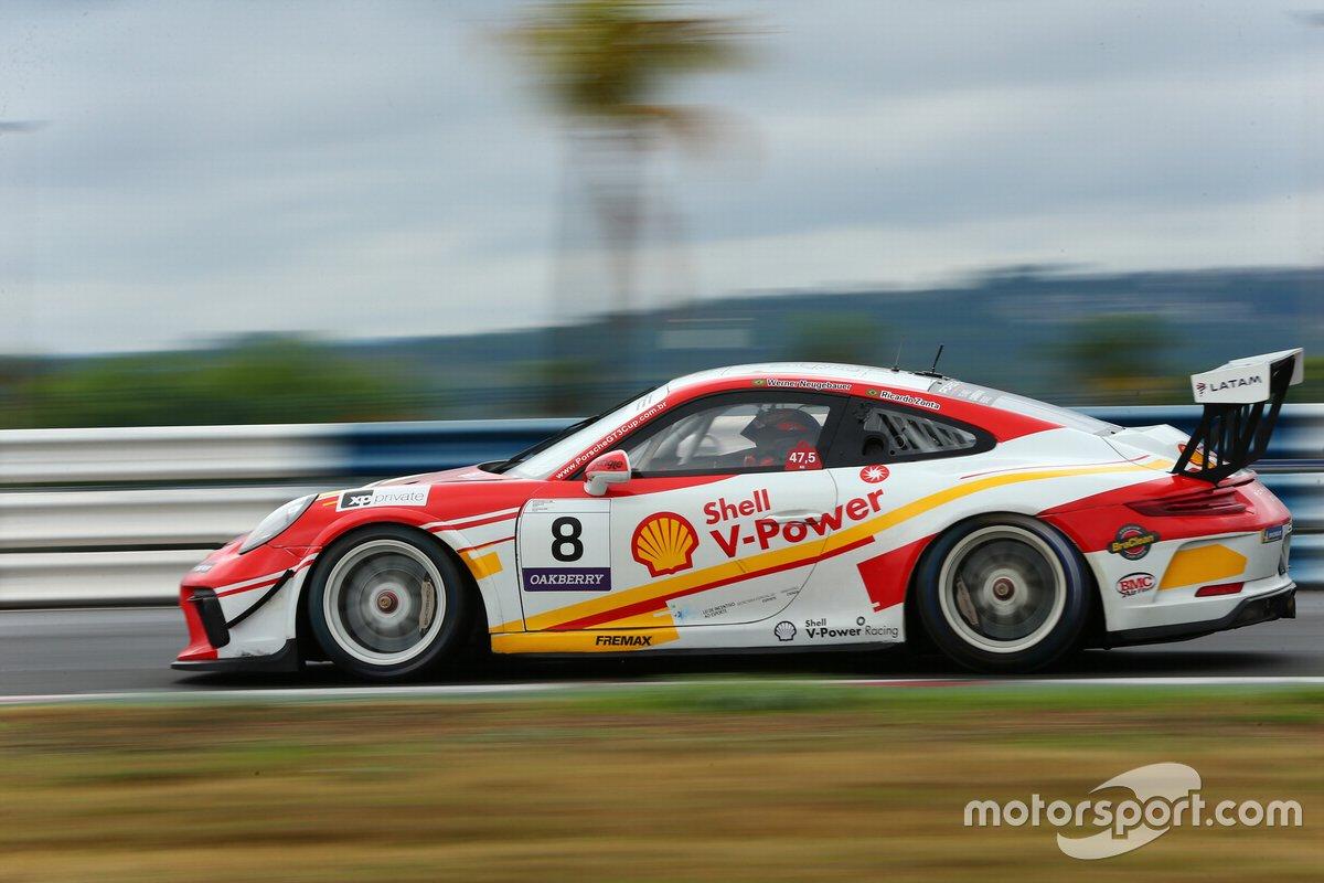 Carro de Zonta e Neugebauer na Porsche Endurance Series