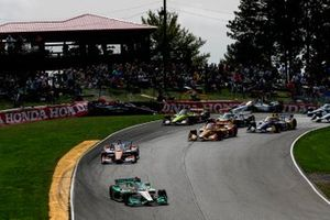 Colton Herta, Andretti Harding Steinbrenner Autosport Honda leads at the start as Felix Rosenqvist, Chip Ganassi Racing Honda, Alex Palou, Dale Coyne Racing with Team Goh Honda, Marco Andretti, Andretti Herta with Marco & Curb-Agajanian Honda crash