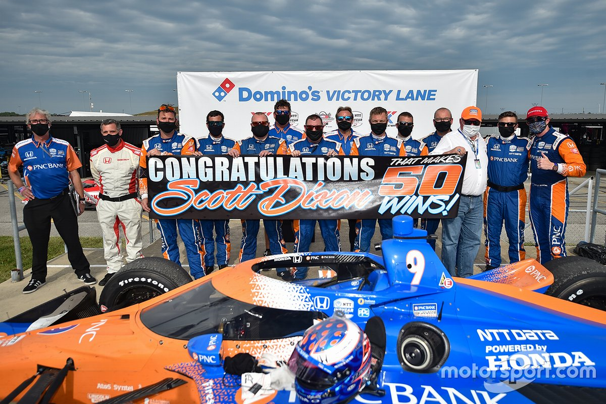 Scott Dixon, Chip Ganassi Racing Honda celebra la marca de 50 victorias en IndyCar