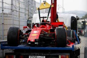 Car of Sebastian Vettel, Ferrari SF1000 being returned after crashing in qualifying