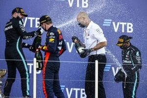 Valtteri Bottas, Mercedes-AMG F1, Max Verstappen, Red Bull Racing, Lewis Hamilton, Mercedes-AMG F1, op het podium