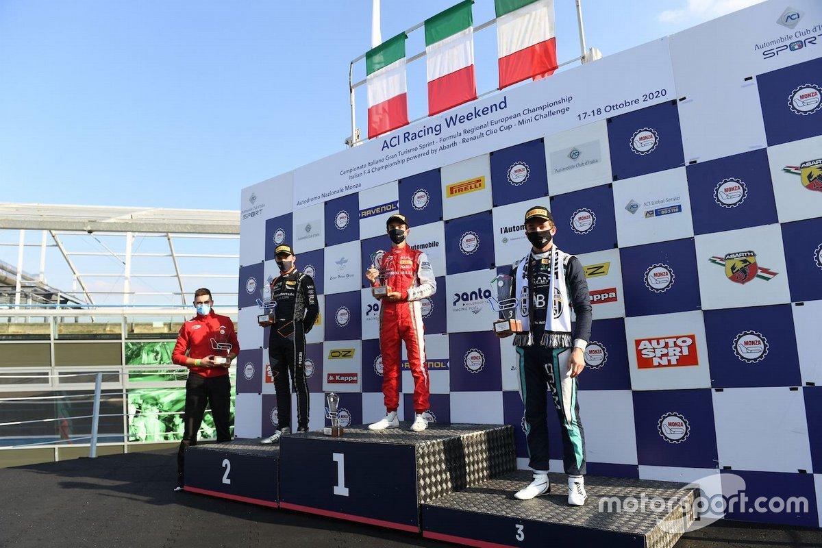Il podio di gara 1