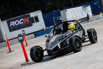 Esteban Gutierrez in de ROC Skills Challenge