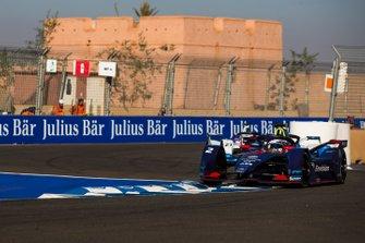 Sam Bird, Envision Virgin Racing, Audi e-tron FE05, Alexander Sims, BMW i Andretti Motorsports, BMW iFE.18