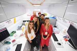 El equipo de Motorsport Network en Shell Track Lab