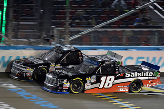 Noah Gragson, Kyle Busch Motorsports, Toyota Tundra Safelite AutoGlass and Sheldon Creed, GMS Racing, Chevrolet Silverado United Rentals/AM Ortega