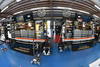 Ryan Blaney, Team Penske, Ford Fusion REV and Brad Keselowski, Team Penske, Ford Fusion Miller Lite