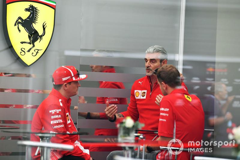 Maurizio Arrivabene, Director del equipo Ferrari con Kimi Raikkonen, Ferrari y Sebastian Vettel, Ferrari
