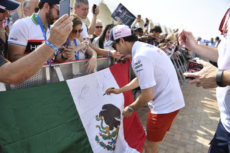 Sergio Perez, Racing Point Force India met fans